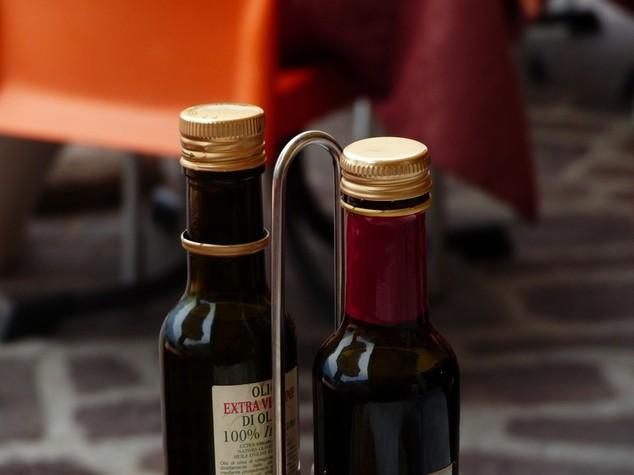 Consumi: Coldiretti, -38% raccolto, olio ai minimi;volano prezzi
